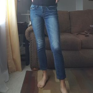 Dollhouse perfect cropped straight jean